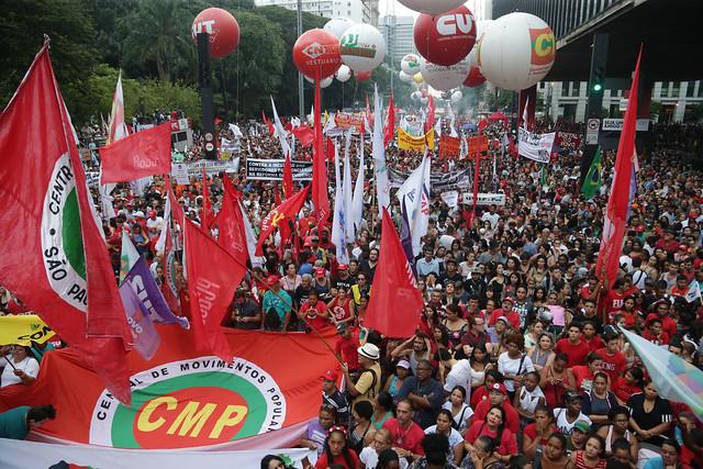 Centrais sindicais farão atos unificados no 1º de maio contra propostas de Bolsonaro